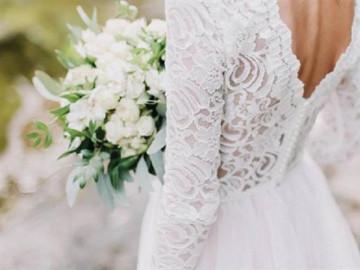 Cô dâu hoảng loạn khi bị 7 người nhà chú rể sàm sỡ trong ngày cưới