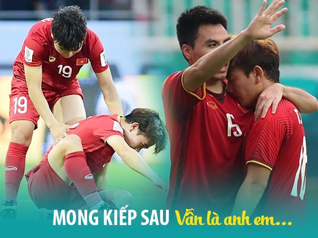 Khoảnh khắc xúc động khi một cầu thủ Việt Nam gục ngã: Tình anh em chính là thế này đây!