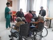 Tin tức - Nghịch lý ngày giáp Tết: Người trẻ muốn về nhà, các cụ già vào viện dưỡng lão tăng đột biến