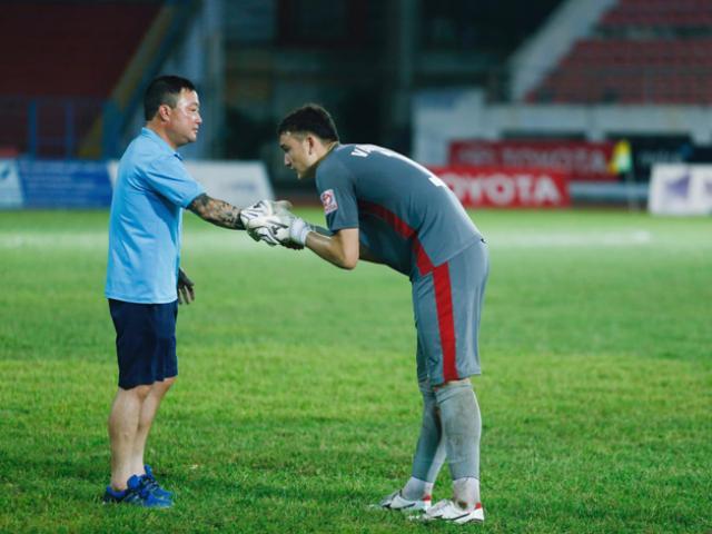 Đặng Văn Lâm tạm biệt CĐV sang Thái Lan chơi bóng, ai cũng nghẹn ngào trừ Quế Ngọc Hải