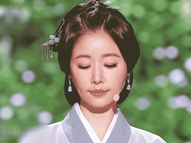 Nếu cho rằng Lâm Tâm Như xấu, đây chính là đỉnh cao vẻ đẹp của bà xã Hoắc Kiến Hoa
