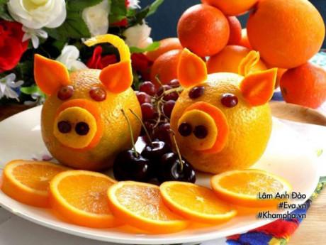 Năm Kỷ Hợi bày đĩa hoa quả hình lợn dễ thương đãi khách tới chơi nhà