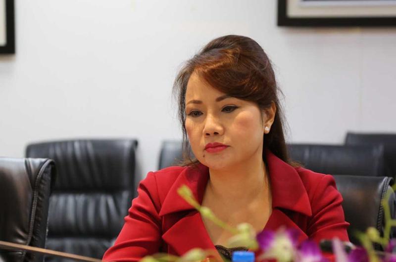 Tính đến năm 2018, bà Bình nắm giữ 34.950.020 cổ phiếu, tương đương 1,5 nghìn tỷ đồng; ông Quang cũng có tài sản hơn 1,4 nghìn tỷ đồng, giữ vị trí thứ 46 trong danh sách những người giàu trên sàn chứng khoán Việt.