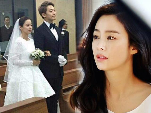 Bắt gặp Kim Tae Hee vác bụng bầu ra ngoài kiếm tiền, nhan sắc vẫn không thay đổi