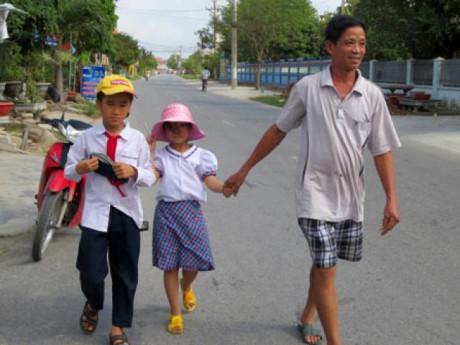 """Sự thật thông tin học sinh lớp 4 ở Hải Dương bị bắt cóc """"hụt"""" trên đường đi học về"""