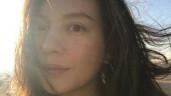 """43 tuổi vẫn trẻ trung hệt gái 20, hóa ra Triệu Vy nhờ vào mấy """"liều thuốc bất tử"""" này"""