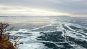 Khám phá vẻ đẹp kỳ diệu của hồ nước ngọt lâu đời nhất thế giới