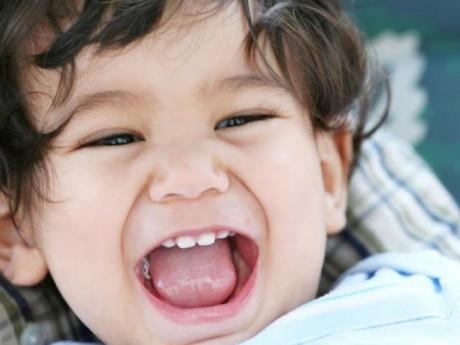Dấu hiệu mọc răng lệch ở trẻ em và cách khắc phục