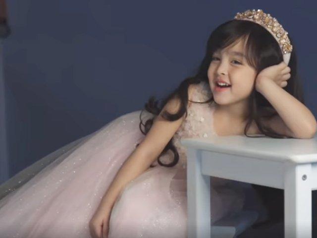 45 giây tạo dáng chụp hình, con gái mỹ nhân Philippines xinh đẹp, thần thái cực tự tin