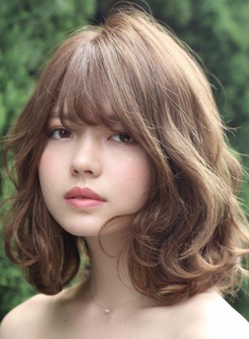 25 kiểu tóc ngắn uốn đẹp phù hợp với mọi khuôn mặt năm 2021 - 9