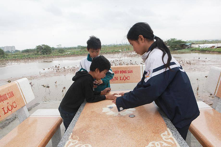 Bà mẹ sinh 14 con ở Hà Nội: Sang thập kỷ mới vẫn chưa thoát nghèo