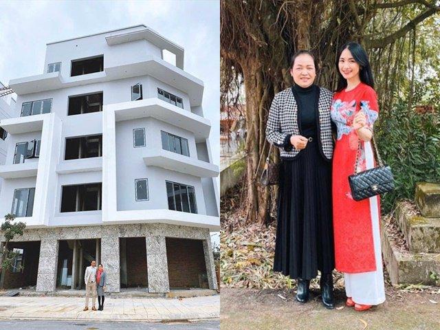 Hòa Minzy tặng biệt thự 5 tầng cho bố mẹ, khẳng định không dùng tiền của bạn trai thiếu gia