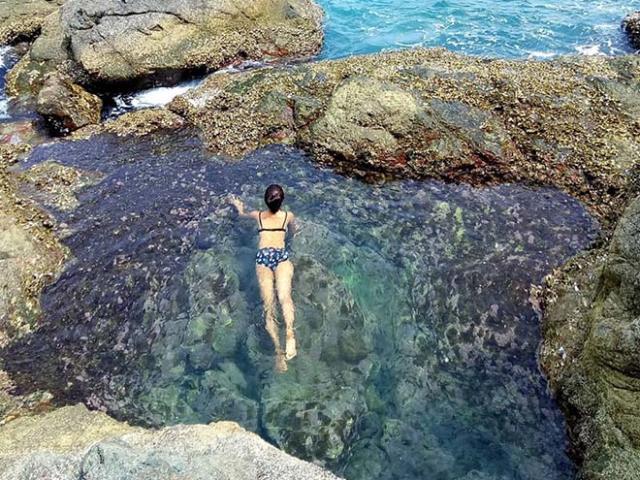 Bể bơi tự nhiên nước trong vắt ở Đà Nẵng đẹp như điểm đến nổi tiếng ở nước ngoài