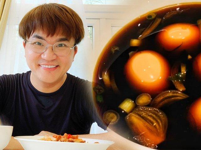 Nam MC khéo tay nhất nhì showbiz làm món trứng hấp dẫn vạn người mê