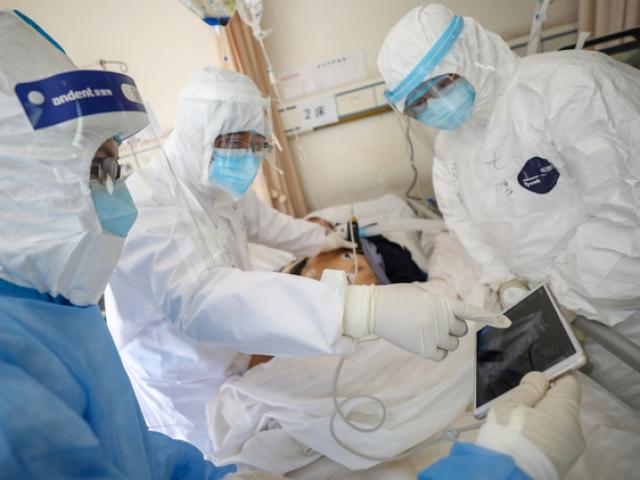 Hà Nội công bố thêm 2 ca mắc COVID-19, là điều dưỡng Bệnh viện Bạch Mai
