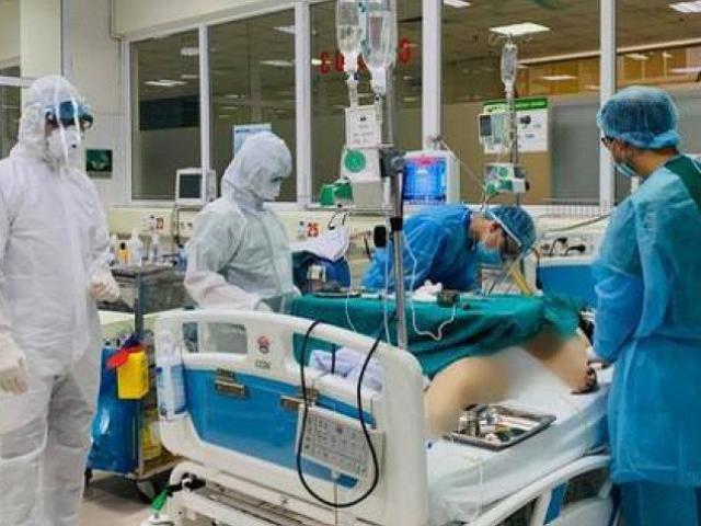 3 bệnh nhân COVID-19 nặng đang phải điều trị tích cực