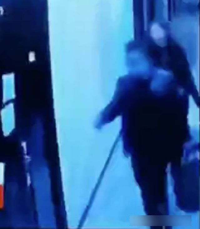 Daughter sees father and teacher acting abnormally, mother investigates the truth - 4