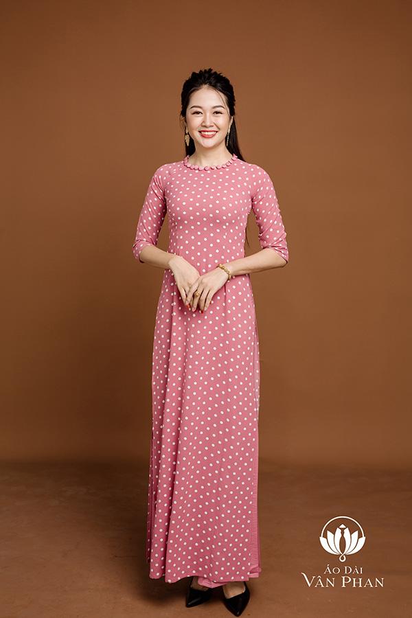 Áo Dài Vân Phan – Thiên đường áo dài cho phái đẹp - 1