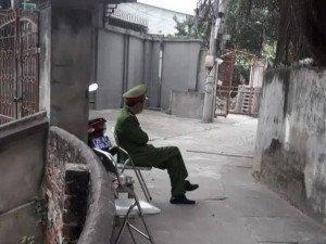 Hà Nội: Chốt chặn, cách ly nhà riêng bác sĩ của bệnh viện liên quan tới ca bệnh 1553