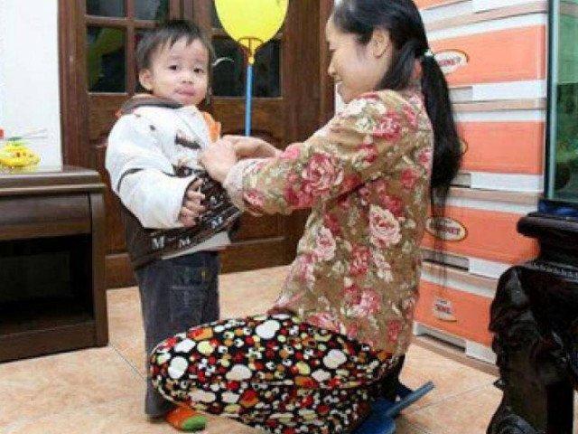 Hà Nội: Học sinh nghỉ Tết sớm phòng Covid-19, phụ huynh chật vật gửi con