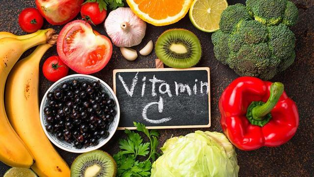 Tác dụng của vitamin C? Mỗi ngày nên uống bao nhiêu vitamin C? - 1