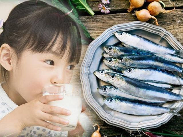2 loại cá giàu canxi hơn cả uống 1 cốc sữa, trẻ hay ăn tương lai cao lớn vượt trội