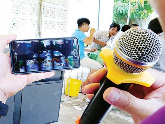 Tin tức 24h: Chủ trọ tiết lộ nguyên nhân vụ chồng bị chém vì vợ hát karaoke ồn ào