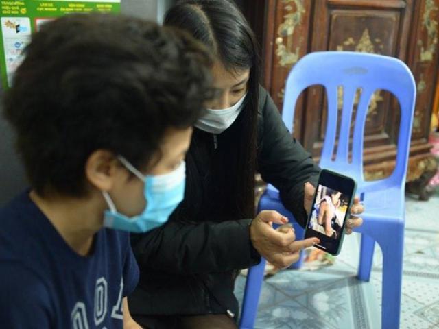 Danh tính mẹ đẻ và người tình vụ bé 12 tuổi bị bạo hành, xâm hại ở Hà Nội