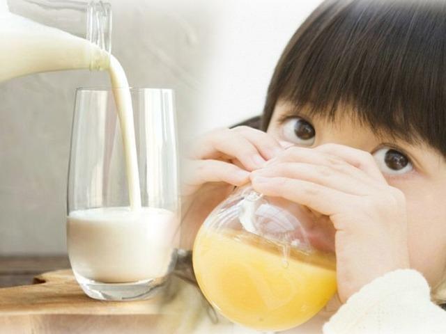 Uống sữa hay nước cam buổi sáng tốt hơn? Câu trả lời có thể khiến bạn thay đổi thói quen
