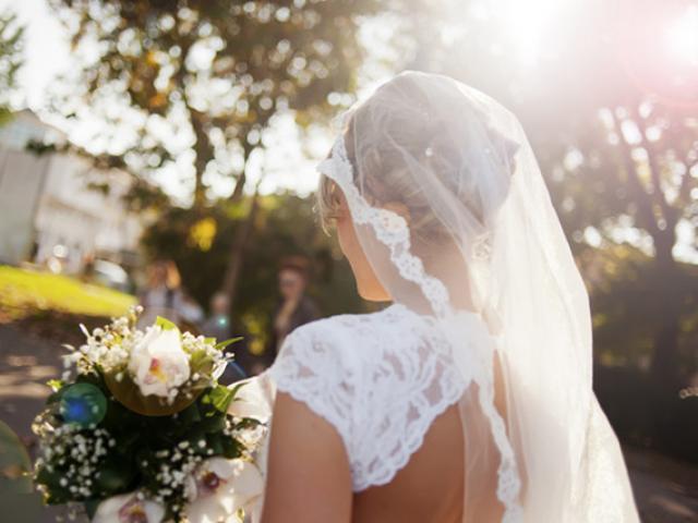 Cô dâu khóc nhiều đến ngừng tim trong ngày cưới, đám cưới biến thành đám tang