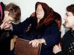 Sự thật việc nhà tiên tri mù Vanga nói giọng nam mỗi khi dự đoán?