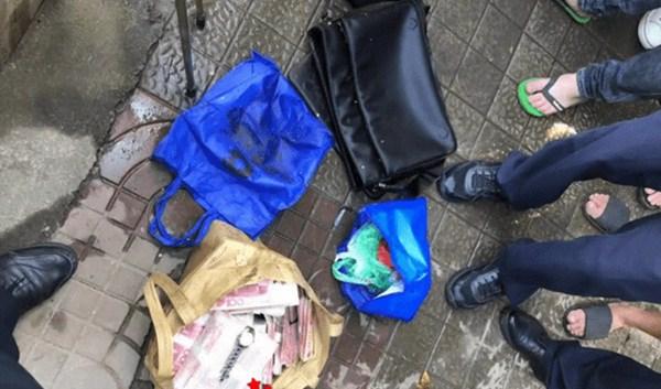 Sampah sampah ditemukan, kantong yang belum diselesaikan dibuka, kaget 2,1 miliar - 4