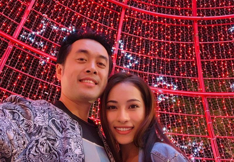 Nổi tiếng với nhiều bản hit, Dương Khắc Linh còn được chú ý nhiều hơn khi công khai yêu Trang Pháp hay mối tình gần nhất là với ca sĩ Ngọc Duyên.