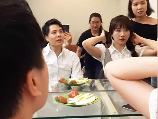 Trịnh Thăng Bình trêu chọc: Ăn tiền của Hari Won không dễ