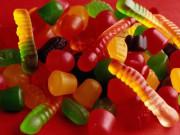 Quy trình sản xuất kẹo dẻo đầy màu sắc khiến bạn bất ngờ