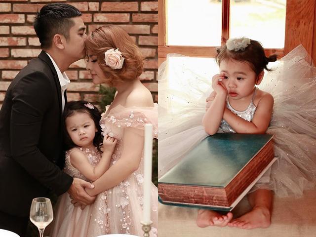 Vân Trang khoe ảnh tình tứ cùng chồng nhưng biểu cảm sai sai của con gái lại thành tâm điểm