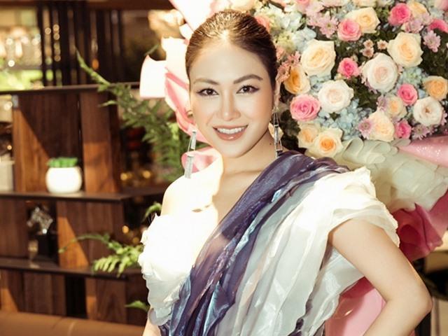 Hoa hậu Tuyết Nga nổi bật giữa dàn trai xinh gái đẹp dự sự kiện