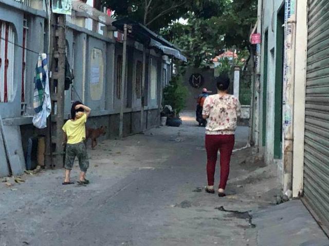 Bé gái 5 tuổi bị xâm hại và câu hỏi xé lòng: Mẹ ơi, chuyện của con xử sao rồi?