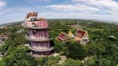 Cận cảnh tượng rồng khổng lồ cuốn quanh đền 17 tầng ở Thái Lan