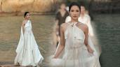Á hậu Hoàng Thùy đẹp như nữ thần, sải bước catwalk giữa đại dương bao la