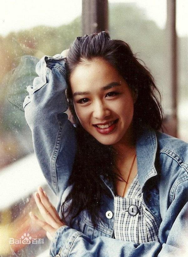 Mỹ nữ gốc Việt đẹp nhất Châu Á Chung Lệ Đề: Từng đóng phim