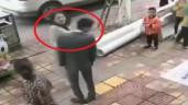 Không mua điện thoại tặng người yêu, nam thanh niên bị tát 52 cái giữa phố