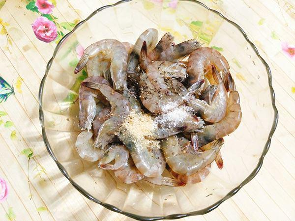 2 cách hấp tôm ngon, thơm thịt cho bữa cơm ngon miệng - 4