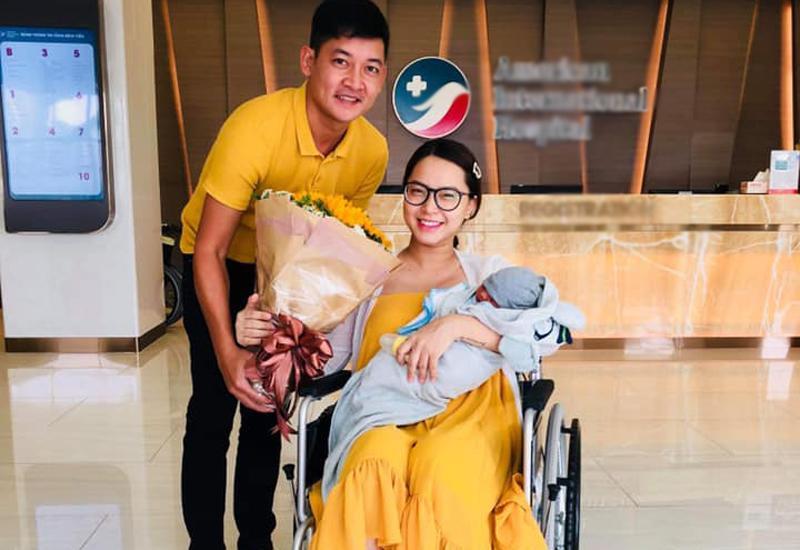 Thông tin ngày 25/5 vừa qua, nữ ca sĩ Hải Băng hạ sinh con thứ 3 cho ông xã Thành Đạt nhận được nhiều lời chúc mừng từ mọi người.