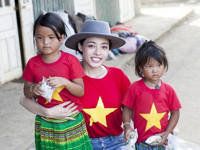 HH Trần Phương Hà lên vùng cao Yên Bái thăm hỏi, trao quà cho người nghèo