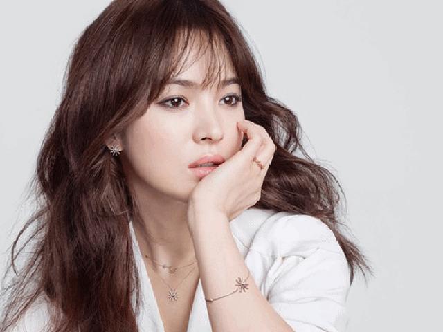Sau khi Song Joong Ki đệ đơn ly hôn, đến lượt Song Hye Kyo chính thức lên tiếng