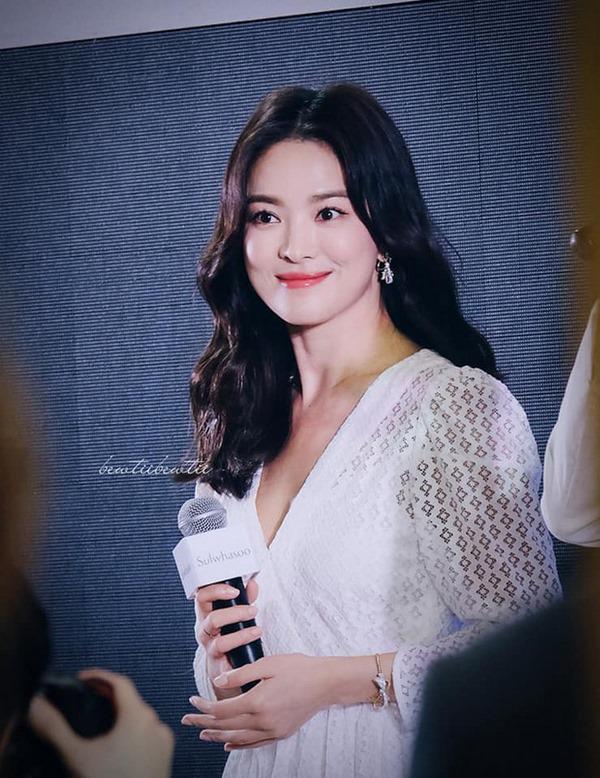 Cuối cùng, bao nỗ lực níu kéo thanh xuân của Song Hye Kyo chẳng cứu vãn nổi hôn nhân