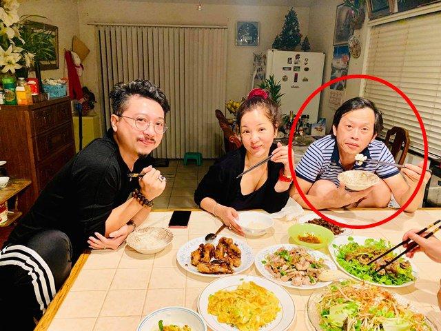Thúy Nga khoe bữa ăn ngon giữa đêm khuya nhưng ai cũng chú ý chi tiết độc ở Hoài Linh