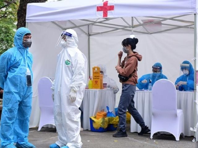 Thêm 4 ca mới nhiễm COVID-19, 1 người đến BV Bạch Mai và ăn cơm bụi ngoài cổng viện