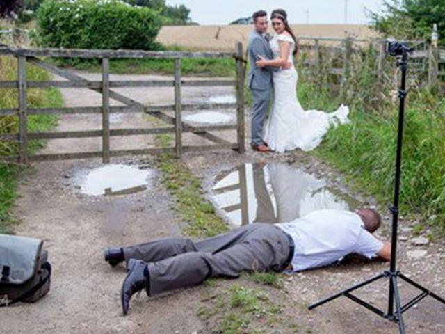 Truyện cười hay: Cô dâu chú rể khó chiều, thợ chụp ảnh phán 1 câu khiến cả 2 đứng hình